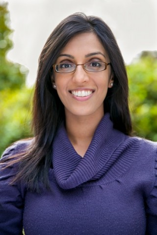 Dr.Carrie Atwal DC